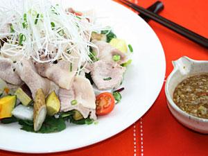 秋野菜と豆腐のやまと豚温しゃぶ